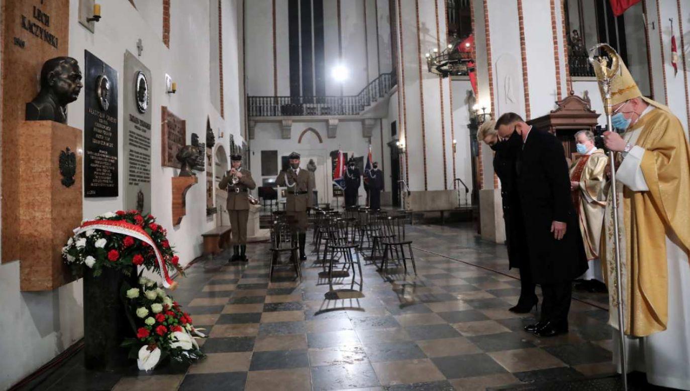 Msza w 11. rocznicę katastrofy smoleńskiej  (fot.PAP/Wojciech Olkuśnik)