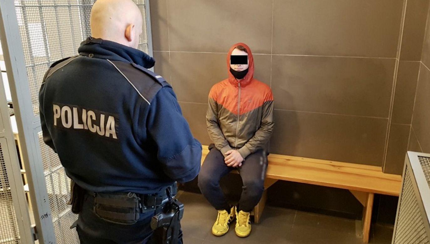 Mężczyźnie grozi nawet 12 lat więzienia (fot. Komenda Rejonowa Policji Warszawa I)