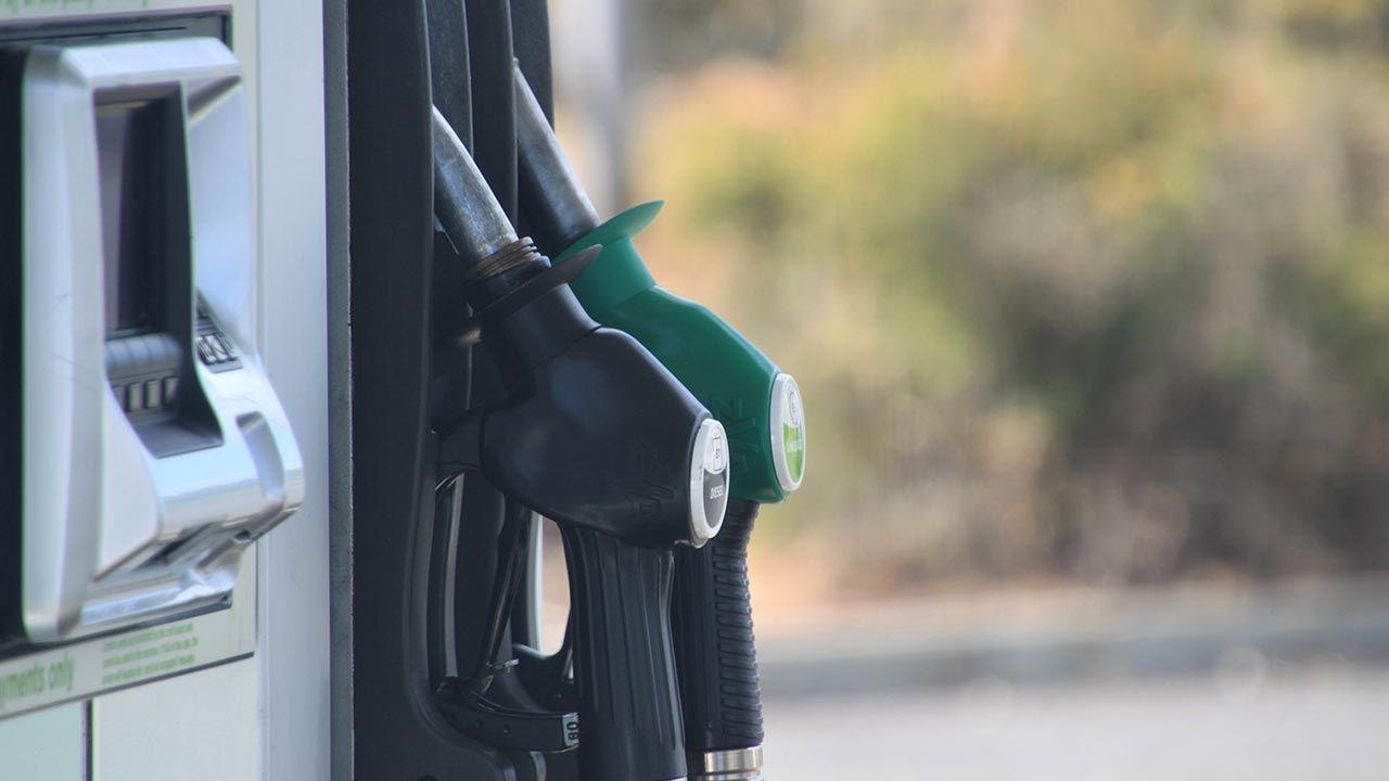 Zaczyna brakować paliwa na niektórych stacjach benzynowych (fot. Shutterstock)