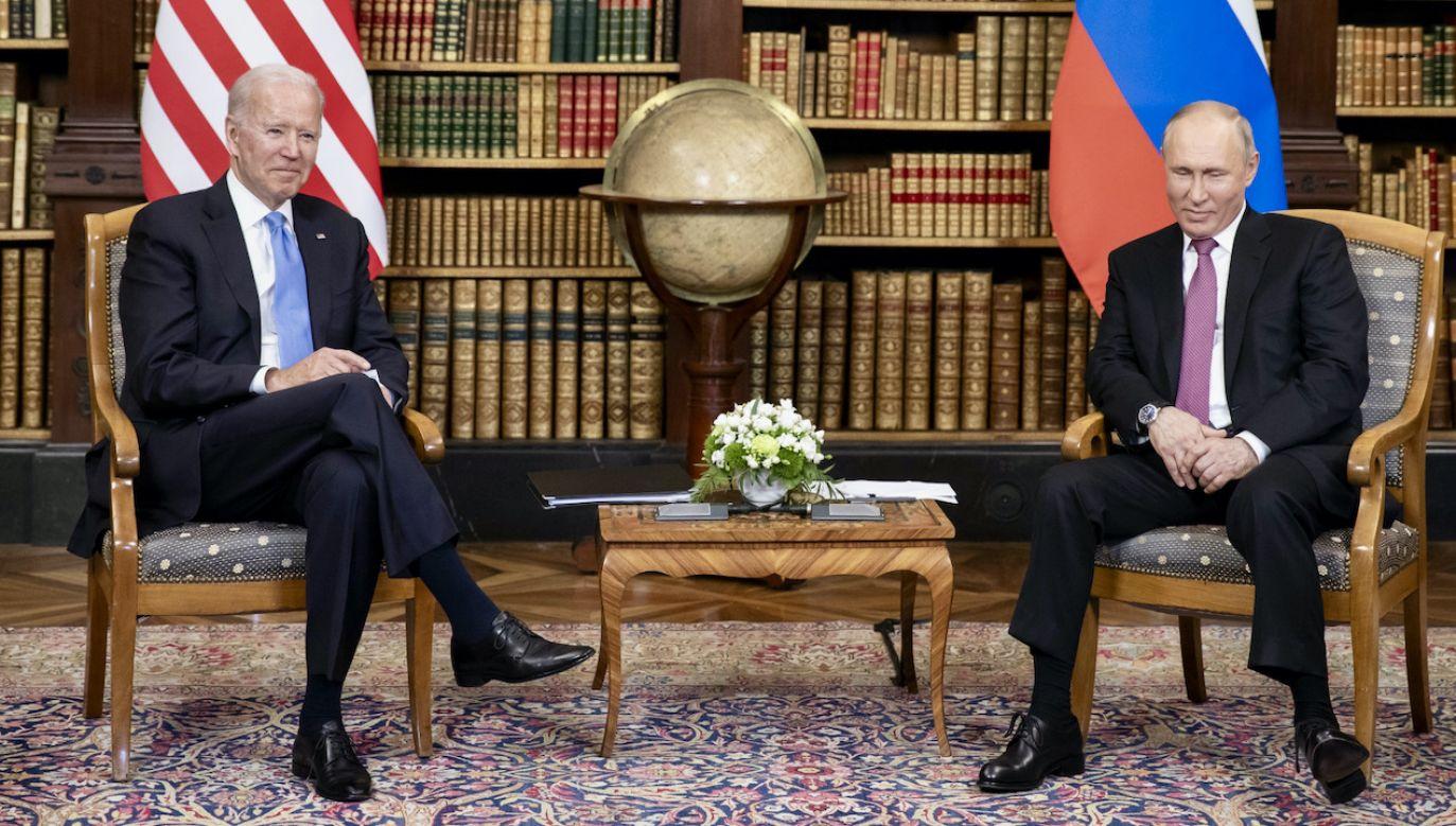 Spotkanie Bidena z Putinem w Genewie (fot. PAP/EPA/PETER KLAUNZER)