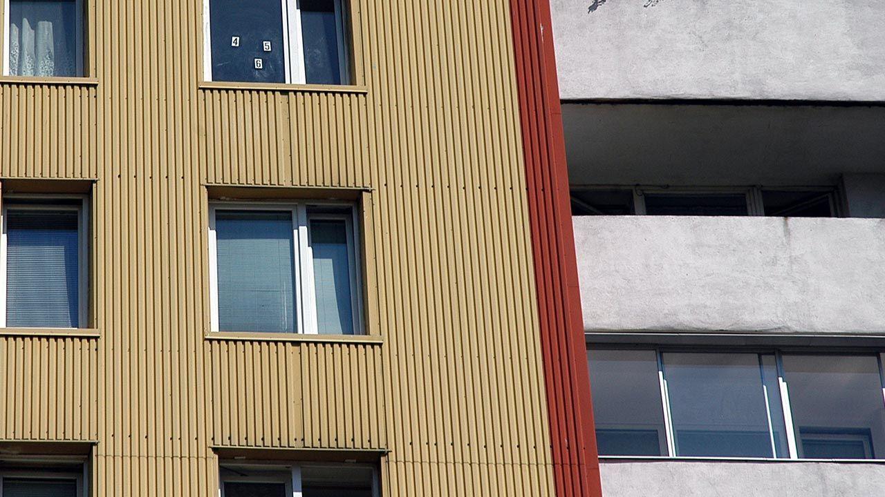 W mieszkaniu była matka i bracia chłopca (fot. PAP/Szymon Pulcyn, zdjęcie ilustracyjne)