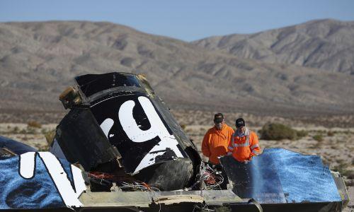 2 października 2014 roku to czarny dzień dla Richarda Bransona. W czasie testów na pustyni Mojave rozbił się statek kosmiczny SpaceShipTwo. Fot. Reuters/David McNew
