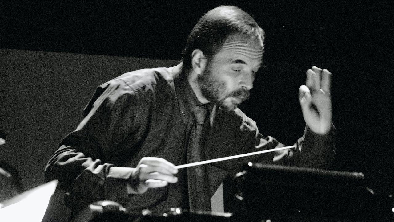 Od kwietnia 2017 r. kierował Orkiestrą Filharmonii Gorzowskiej (fot. FB/Filharmonia Gorzowska)