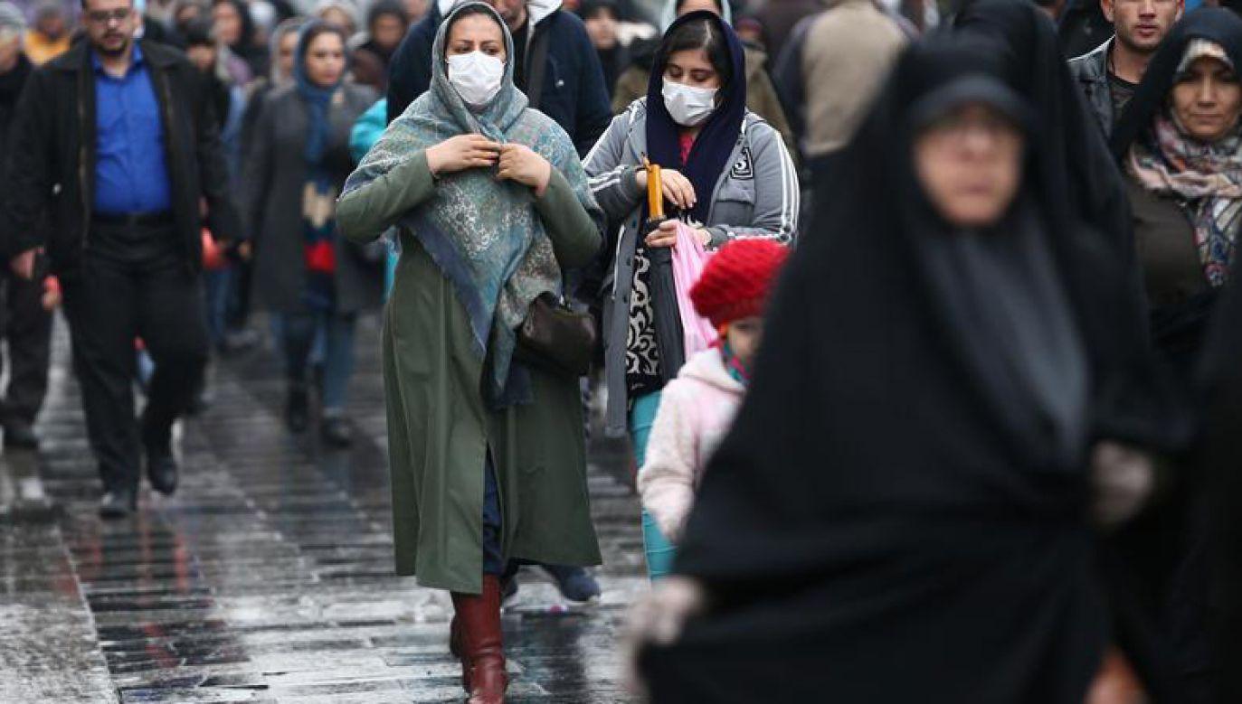 Do tej pory z powodu koronawirusa zmarło w Iranie najwięcej osób poza Chinami (fot. Nazanin Tabatabaee via REUTERS ATTENTION EDITORS)