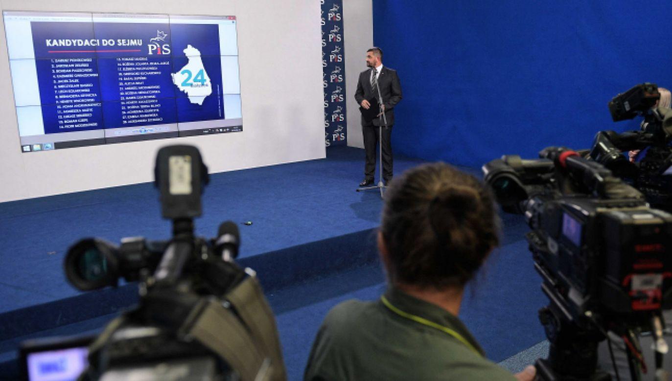 PiS przedstawił kompletne listy kandydatów w jesiennych wyborach do Sejmu i Senatu (fot.PAP/Marcin Obara)