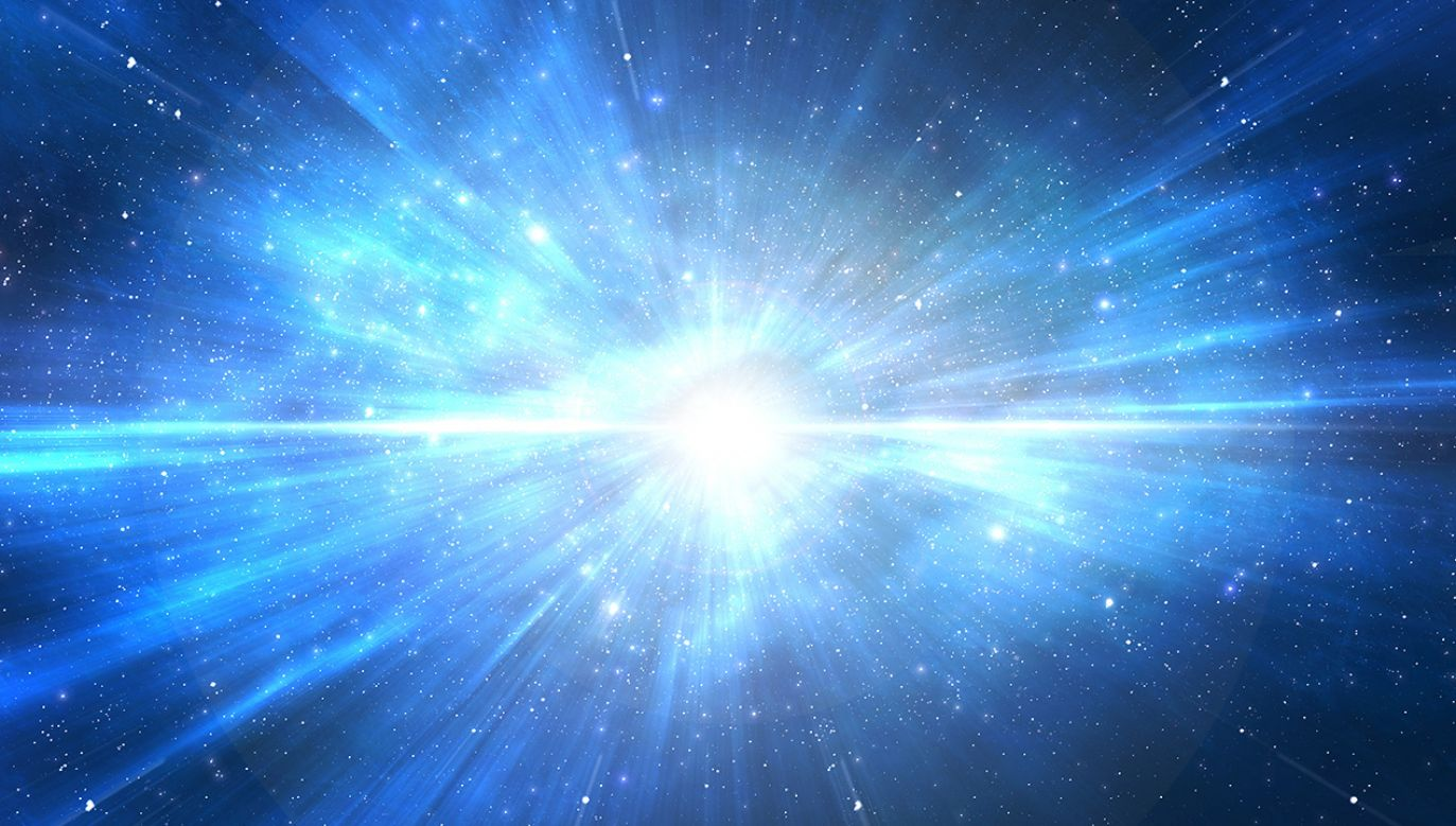 Za najbliższe Ziemi zagrożenia astronomowie uważają dwie gwiazdy z gwiazdozbioru Oriona – Batelegezę i Rigla (fot. Shutterstock/pixelparticle)
