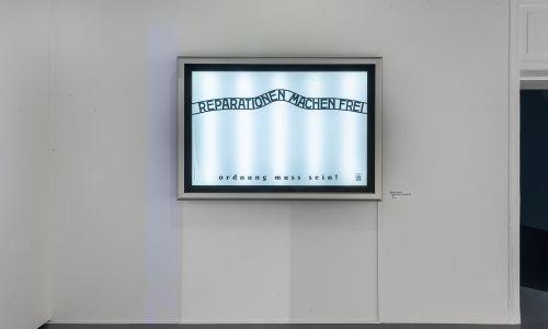 """Wojciech Korkuć, """"Reparationen machen frei"""", 2021. Fot. materiały prasowe CSW/ Daniel Czarnocki"""