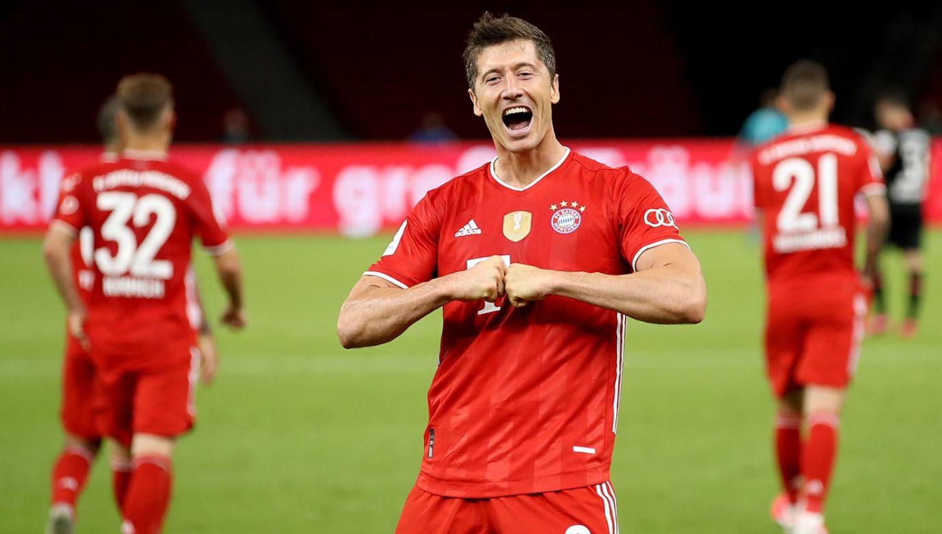 W tym sezonie zdobył dla Bayernu sześć goli w Pucharze Niemiec, 34 w lidze i 11 w Lidze Mistrzów, której rozgrywki się jeszcze nie skończyły (fot.  Alexander Hassenstein/Getty Images)