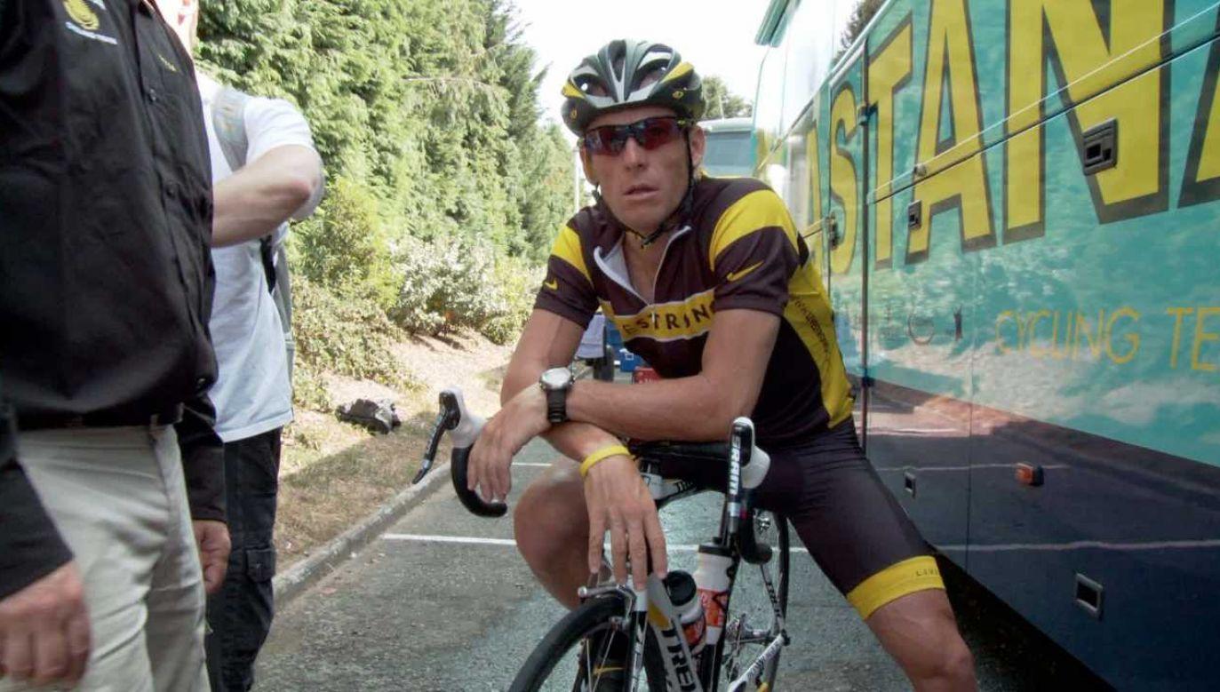 Lance Armstrong został dożywotnio zdyskwalifikowany (fot. arch.PAP/DPA)