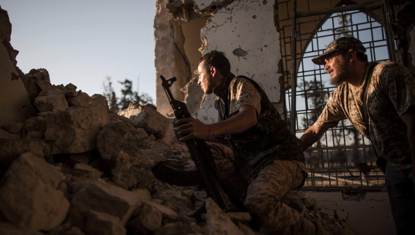 Sytuacja w Libii wymyka się spod kontroli (fot. arch.PAP/Photoshot/Amru Salahuddien)