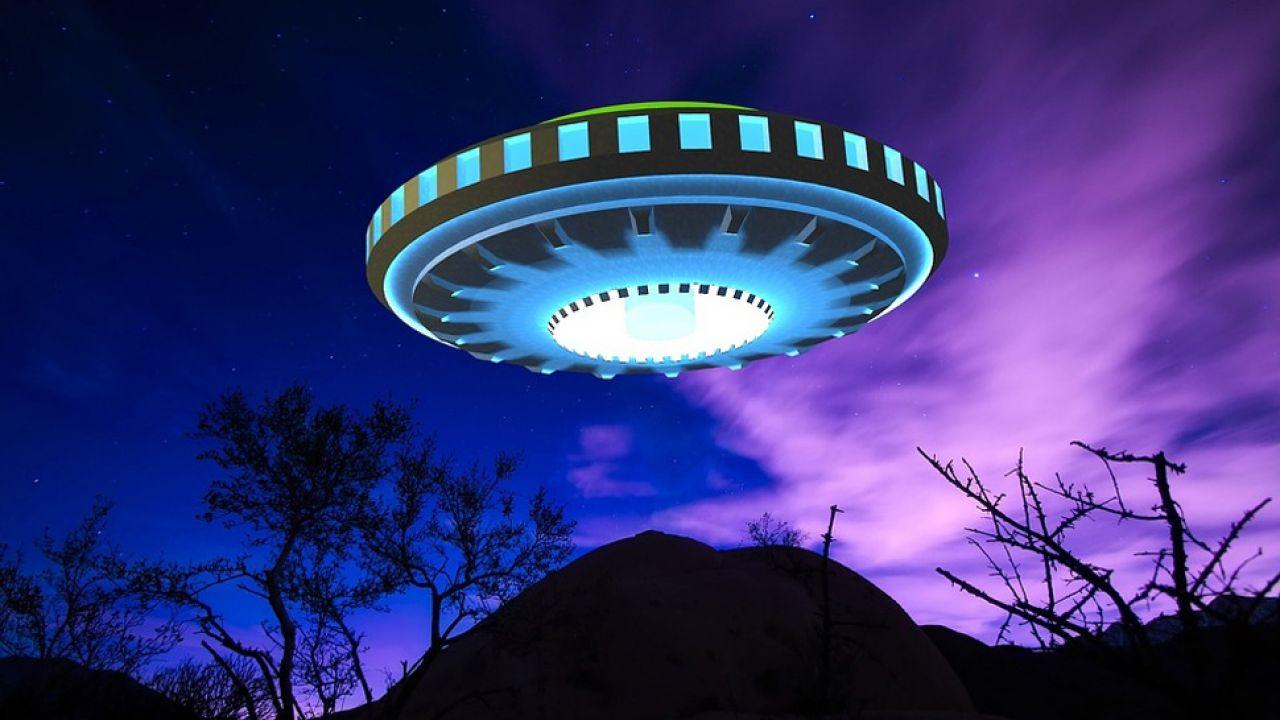 UFO od lat fascynuje ludzkość (fot. Pixabay/CoolCatGameStudio)