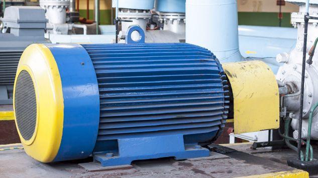 Prace badawczo-rozwojowe nad innowacyjną technologią ozonowania ścieków rozpoczną się montażem stanowiska badawczego usytuowanego w pobliżu wylotu ścieków oczyszczonych w oczyszczalni w Jaworznie (fot. Shutterstock/Doin)