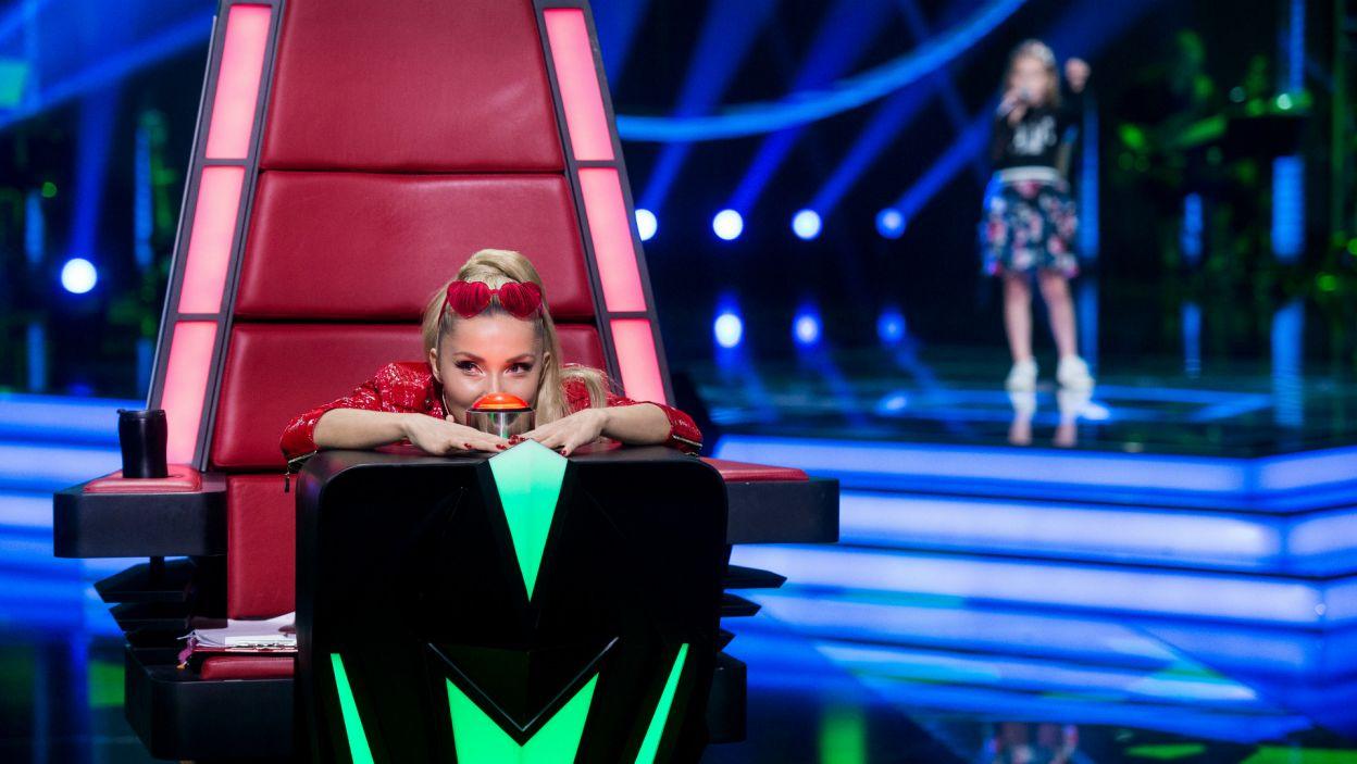 Podczas następnego występu Cleo długo wahała się co zrobić... (fot. TVP)