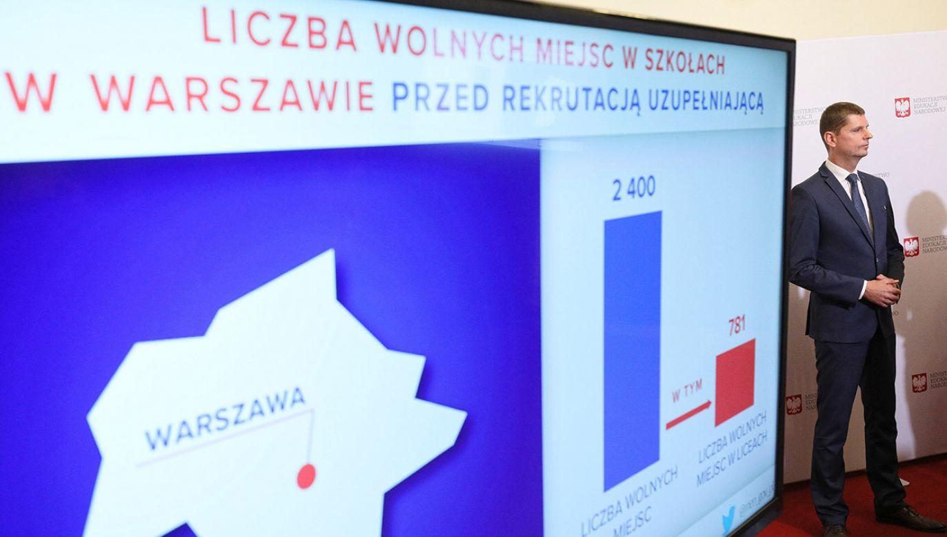 """""""Zwracaliśmy uwagę, że dopuszczenie do rejestracji do dowolnej liczby oddziałów może spowodować niepotrzebny chaos"""" (fot. PAP/Paweł Supernak)"""