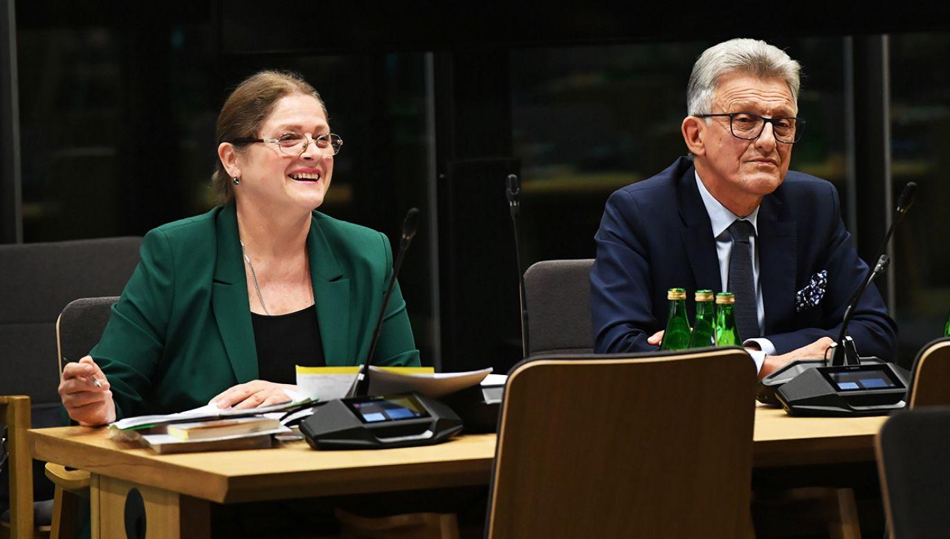 To dzięki opozycji możemy tutaj zasiadać – mówiła Pawłowicz podczas wysłuchania przed sejmową komisją (fot. PAP/Radek Pietruszka)