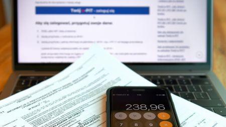 ZUS roześle prawie 10 milionów deklaracji podatkowych (fot. PAP)