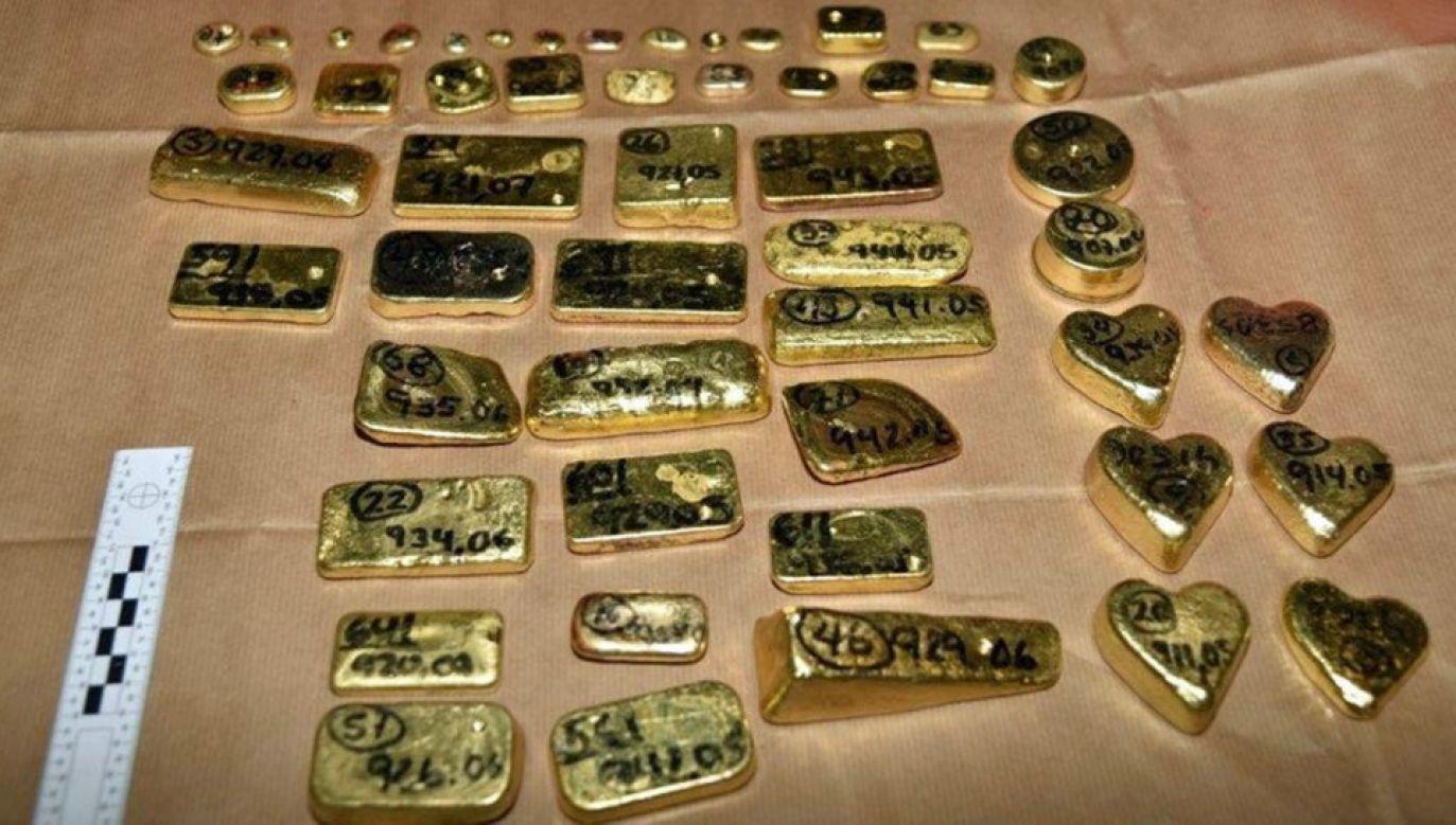 Złoto miało trafić do Szwajcarii (fot. NCA)