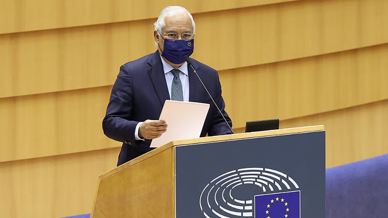 Antonio Costa zapowiedział wdrażanie nowych wieloletnich ram finansowych UE (fot. Dursun Aydemir/Anadolu Agency via Getty Images)