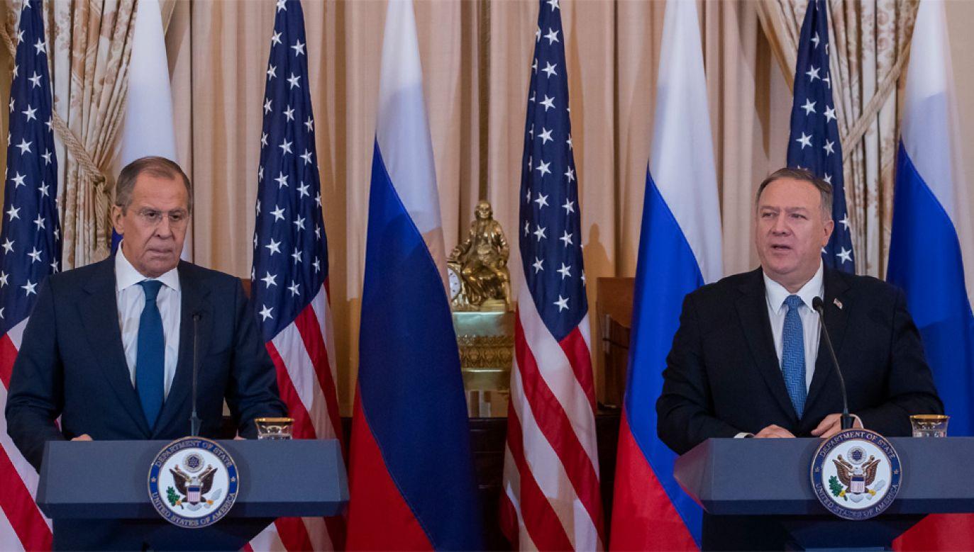 Amerykański sekretarz stanu Mike Pompeo podjął szefa MSZ Rosji Siergieja Ławrowa (fot. PAP/EPA/ERIK S. LESSER)