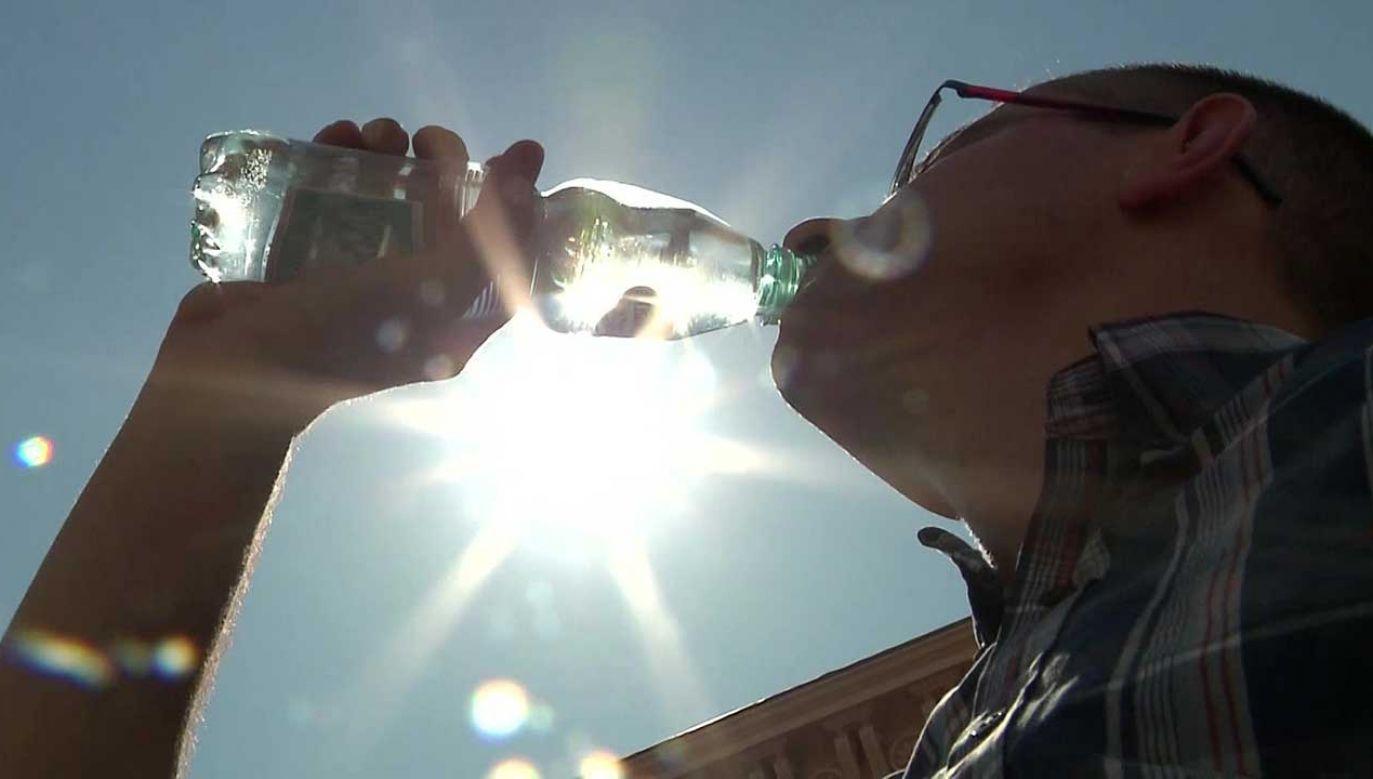 Instytut Meteorologii i Gospodarki Wodnej wydał w czwartek wieczorem ostrzeżenie drugiego stopnia przed upałami w siedmiu województwach (fot. TVP)