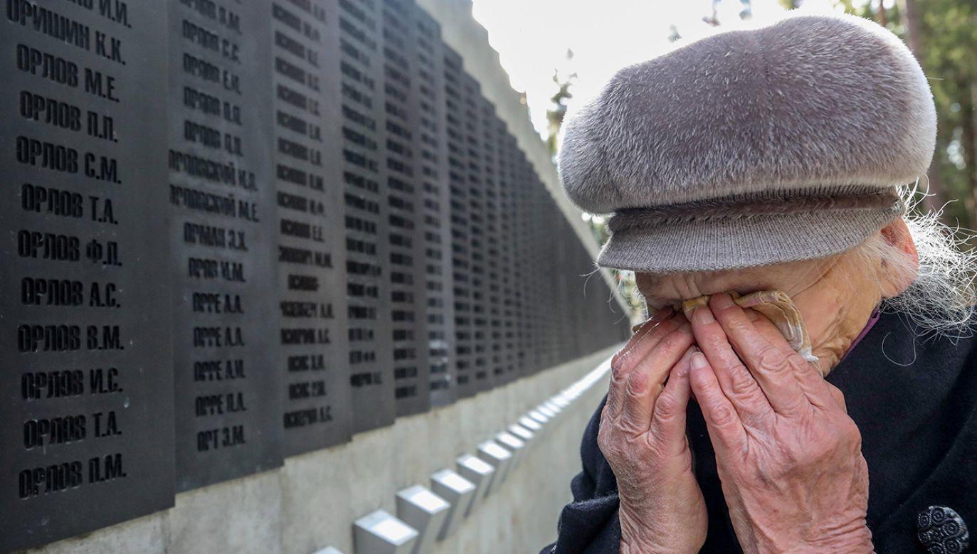 """""""Putin bardzo źle znosi gdy historycy przypominają mu zbrodnię katyńską"""" (fot. arch. PAP/TASS/Natalia Fedosenko)"""