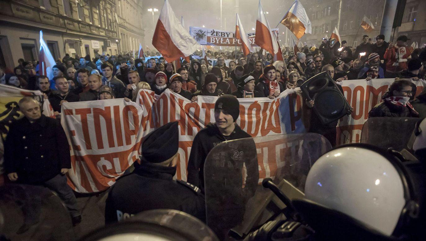 Według wrocławskiego magistratu wznoszono antysemicki hasła (fot. PAP/Aleksander Koźmiński)