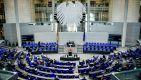 Cztery miesiące przed wyborami parlamentarnymi w Niemczech (fot. PAP/EPA/CLEMENS BILAN)