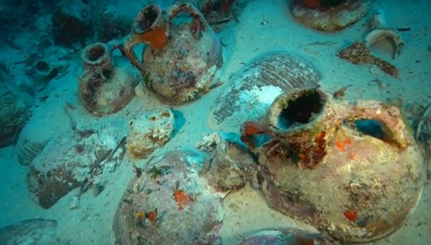Na pokładach odkrytych statków znajdowały się rozmaite amfory  (fot. YouTube/euronews)
