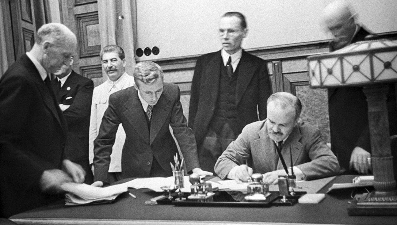 Pakt Ribbentrop-Mołotow został zawarty 23 sierpnia 1939 roku (fot. TASS via Getty Images)
