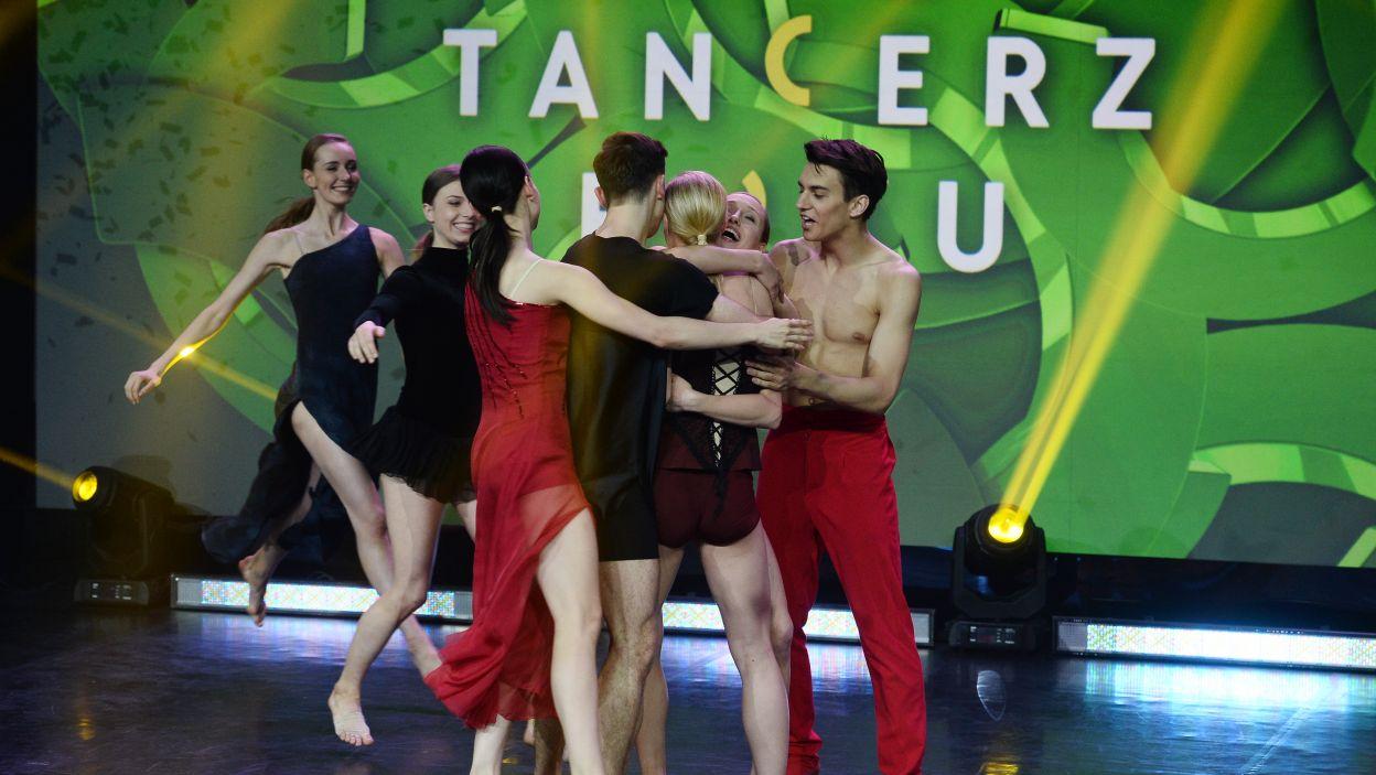 Wyłonienie zwyciężczyni spotkało się z wielką radością całej grupy (fot. TVP/Jan Bogacz)
