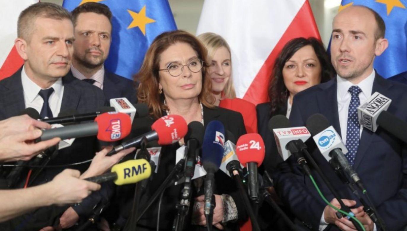Niezdolność do pogodzenia się z wynikami demokratycznej gry, którą się przecież podjęło, bardzo źle świadczy o politykach opozycji (fot. arch.PAP/Paweł Supernak)