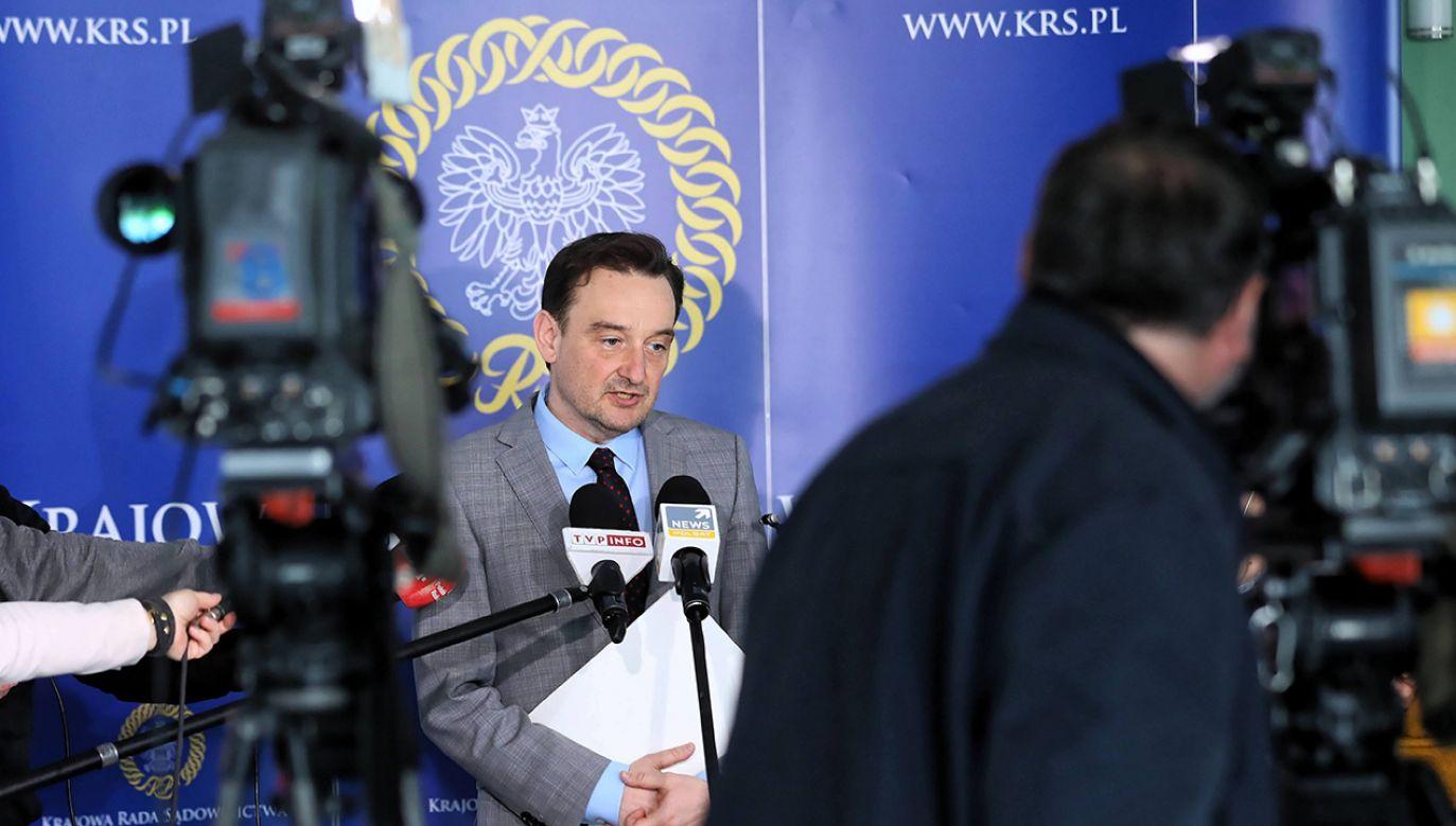 """""""Niezbędne jest zbadanie wszystkich doniesień medialnych"""" (fot. arch. PAP/Rafał Guz)"""