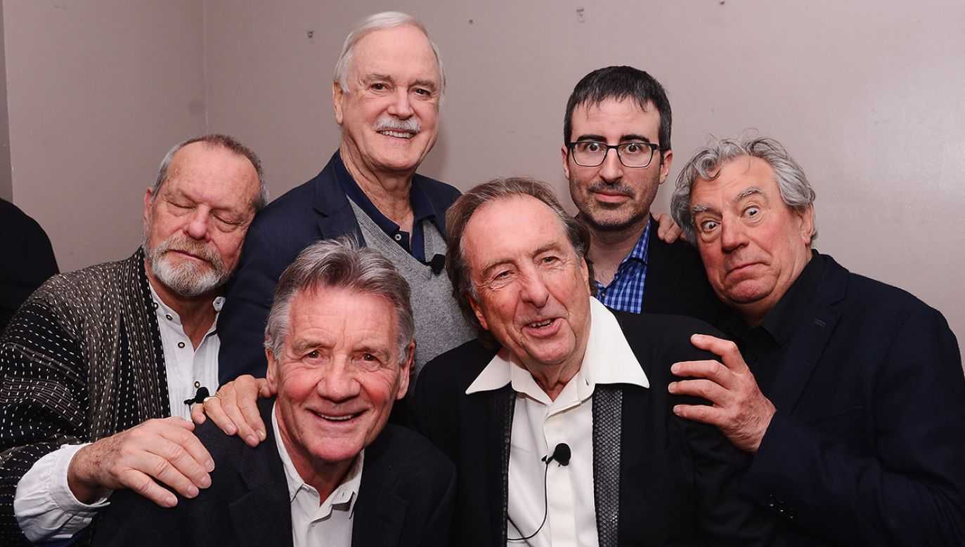 Terry Gilliam, Michael Palin, John Cleese, Eric Idle, John Oliver, and Terry Jones (fot. Stephen Lovekin/Getty Images for the 2015 Tribeca Film Festival)