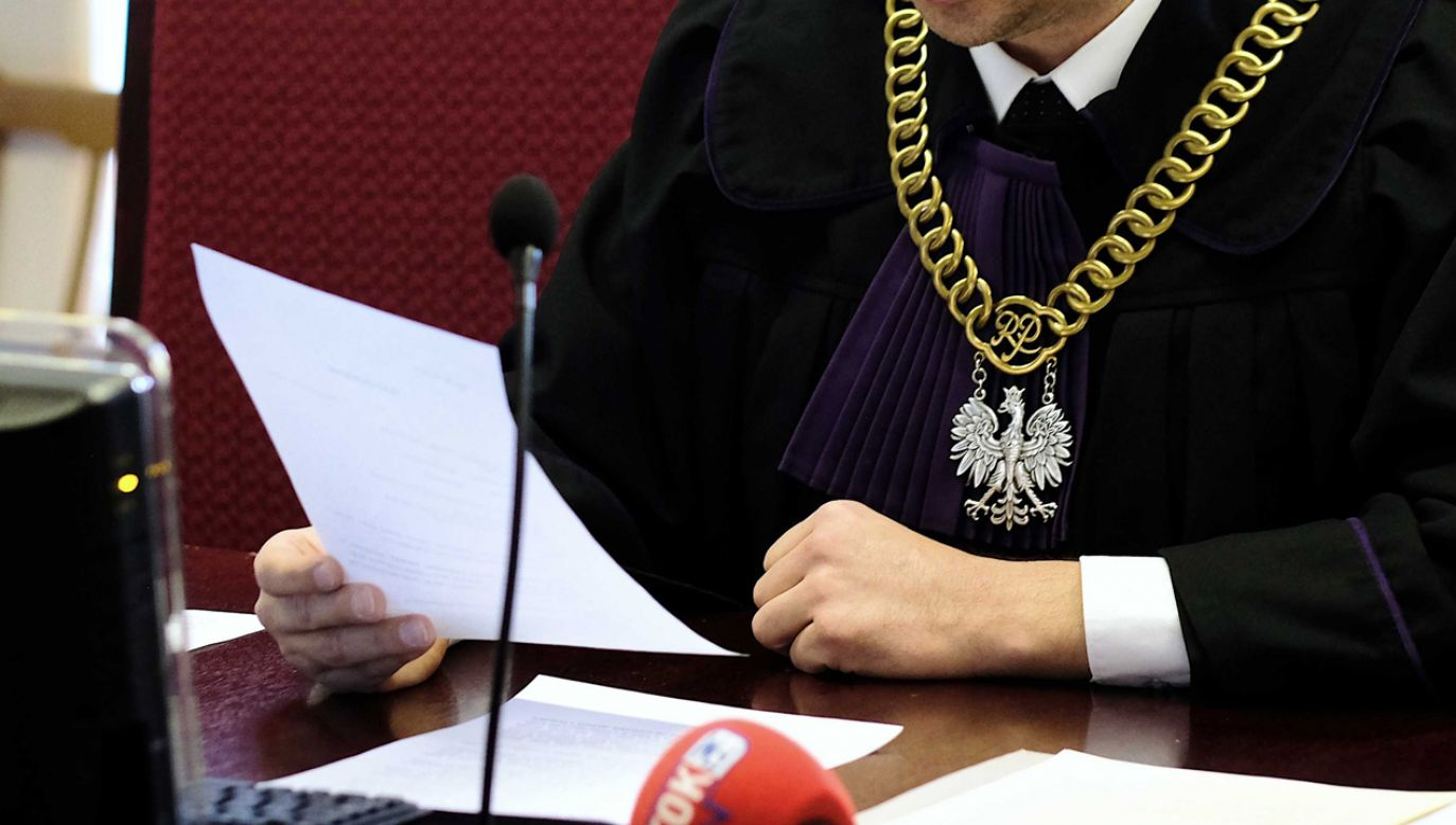 Na początku lat 90-tych b. wiceminister sprawiedliwości prof. Adam Strzembosz zapewniał, że wymiar sprawiedliwości oczyści się sam (fot. arch PAP / Andrzej Grygiel)