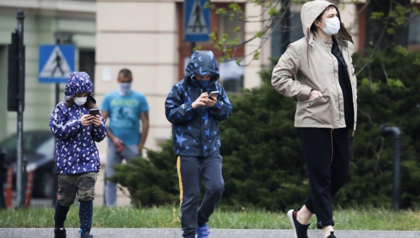 Świadczenie przysługuje w przypadku zdalnej nauki i  zamknięcia żłobka lub przedszkola (fot. Beata Zawrzel/NurPhoto via Getty Images, zdjęcie ilustracyjne)