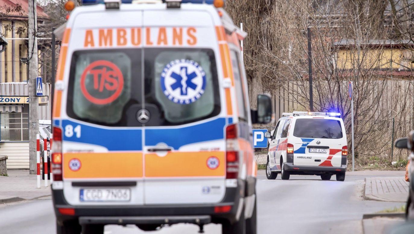 W ostatnich dniach lawinowo wzrosła liczba osób zakażonych wśród pracowników i personelu szpitala; obecnie wynosi 115 osób (fot. PAP/Tytus Żmijewski)