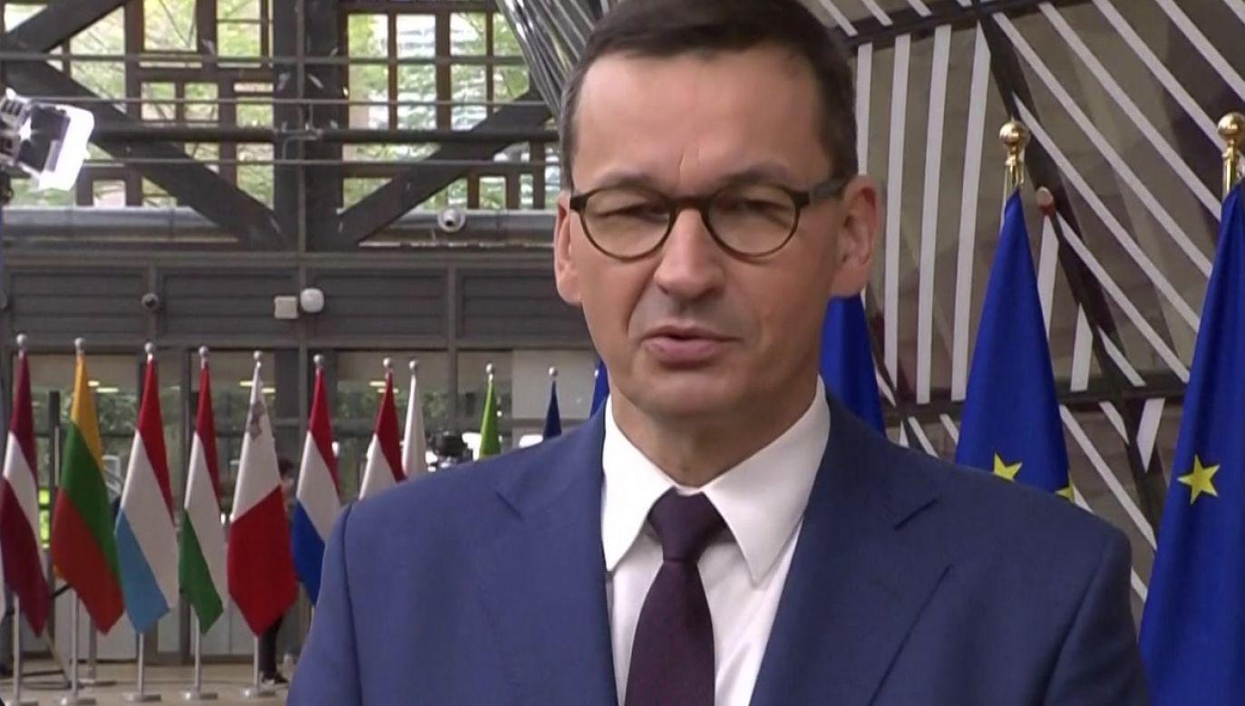 Mateusz Morawiecki reprezentuje Polskę na szczycie UE (fot. TVP Info)