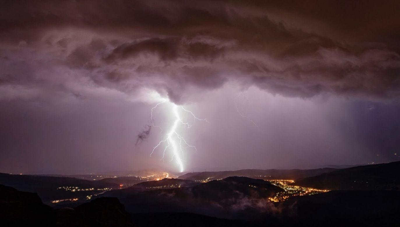 Wystąpią też niebezpieczne burze (fot. PAP/EPA)