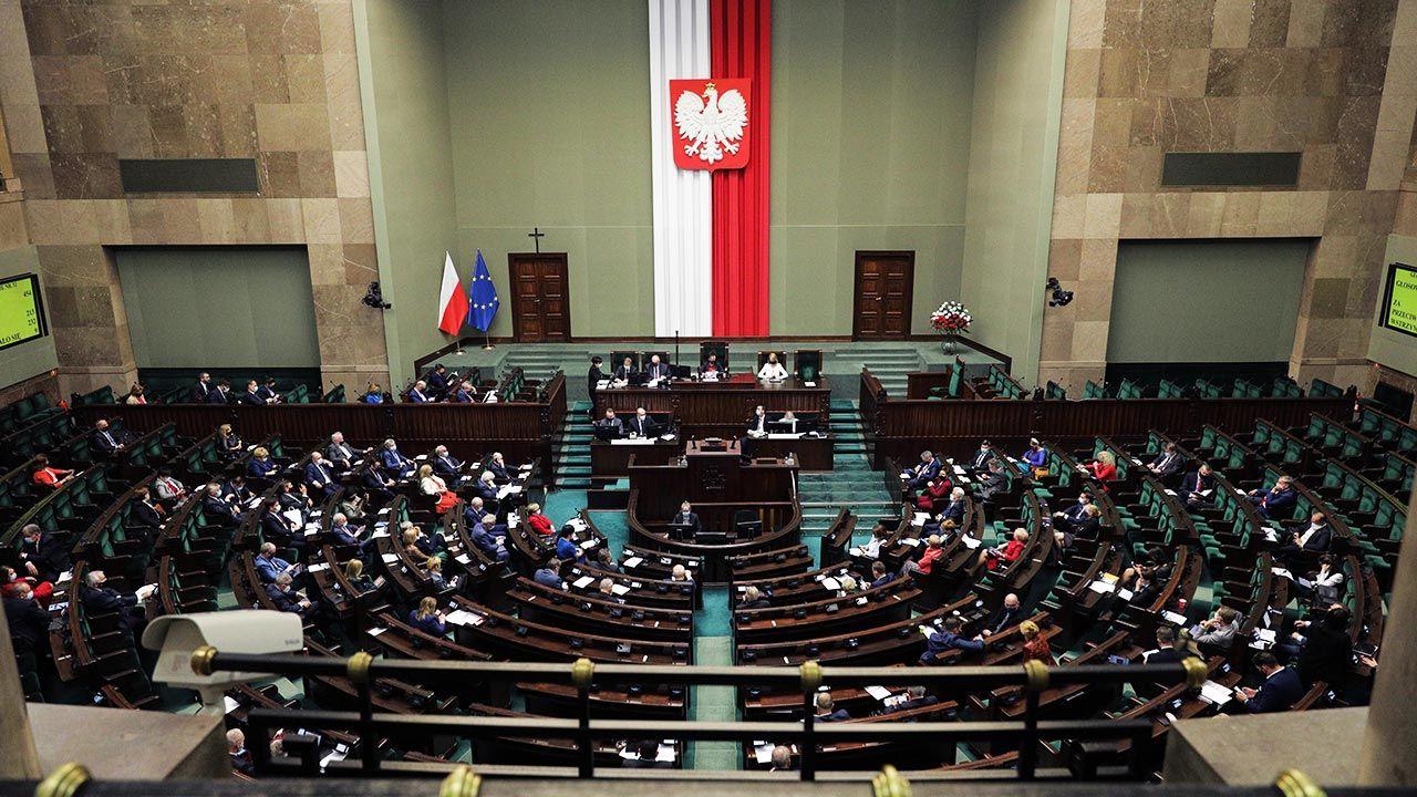 Jak dziś wyglądałby Sejm?  (fot. Forum/Andrzej Hulimka)