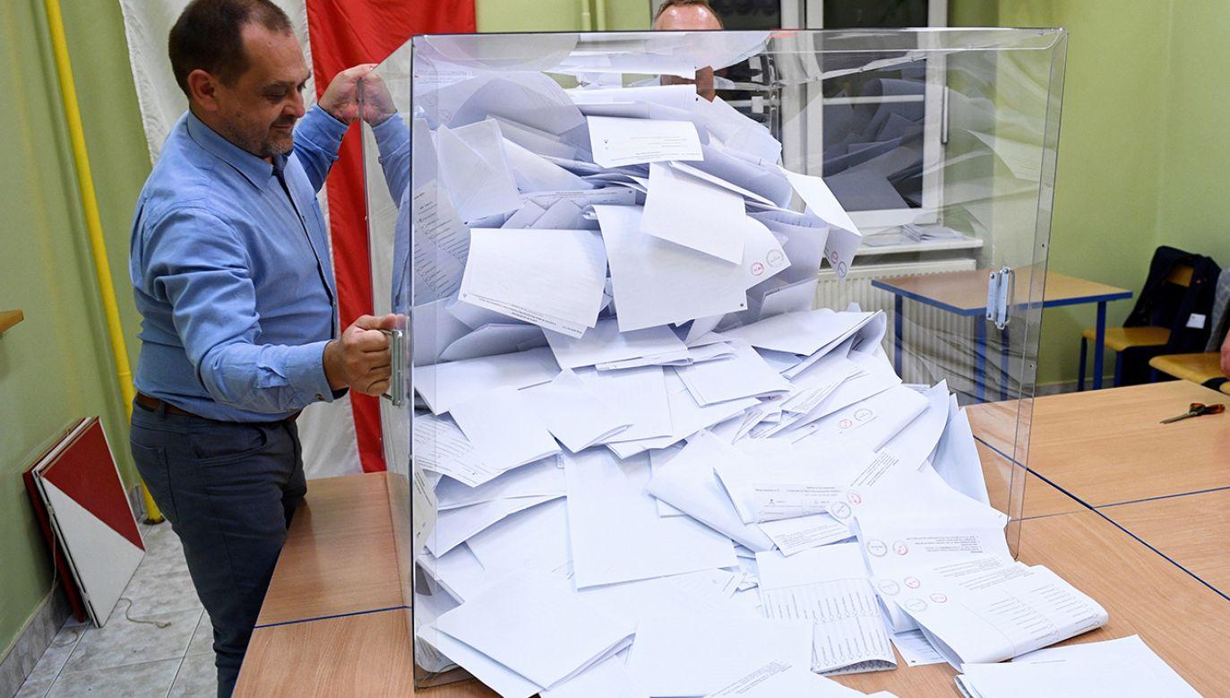 W wyborach do Senatu Prawo i Sprawiedliwość uzyskało 48 mandatów (fot. arch. PAP/Darek Delmanowicz)
