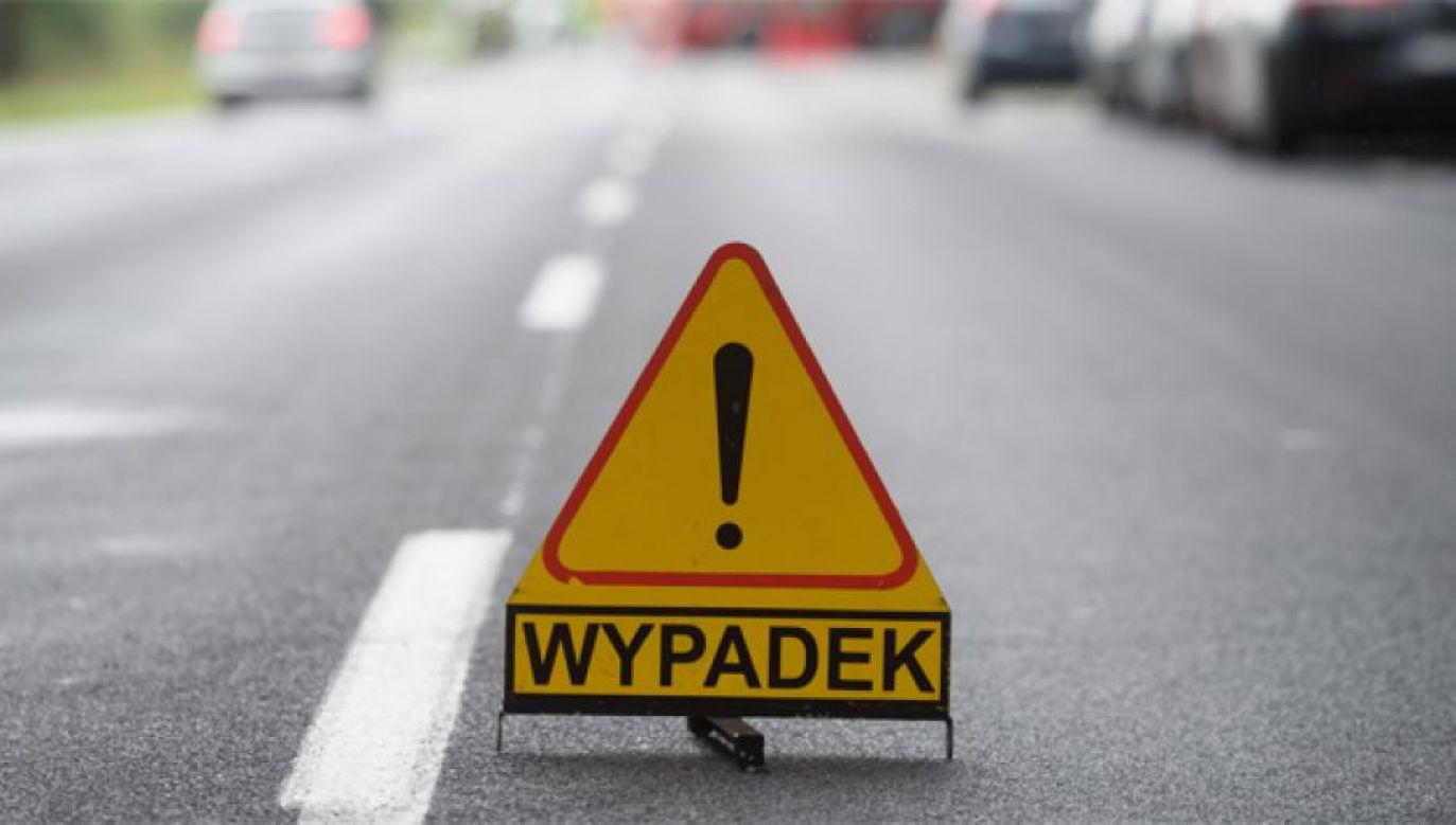 Wypadek w centrum Warszawy (fot. PAP/Jakub Kaczmarczyk)
