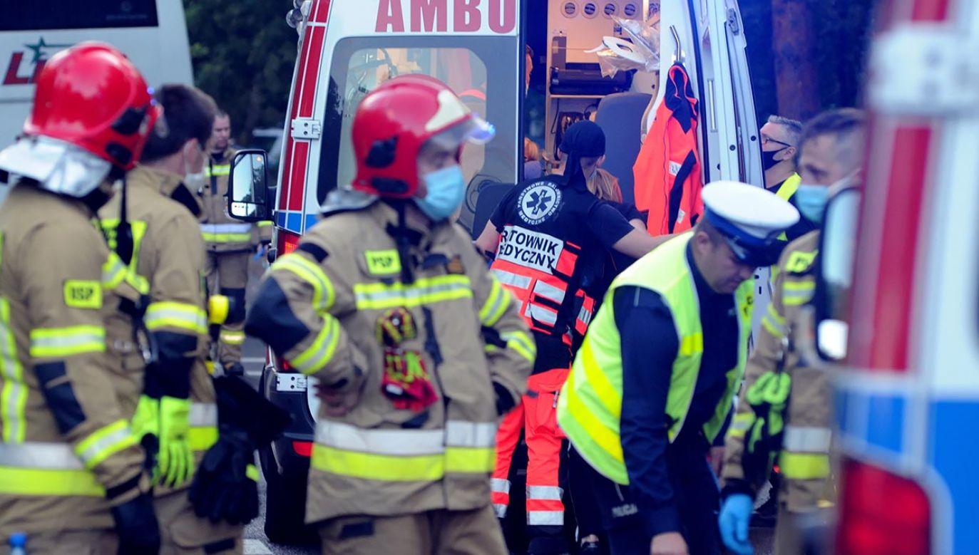 Po przewiezieniu do szpitala chłopiec zmarł (fot. PAP/Marcin Bielecki)