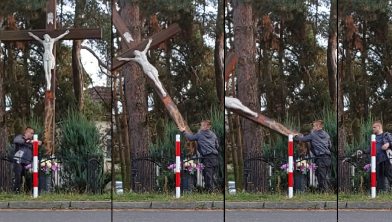 Ścięty przydrożny krzyż zauważyli mieszkańcy (fot. https://www.facebook.com/ks314)