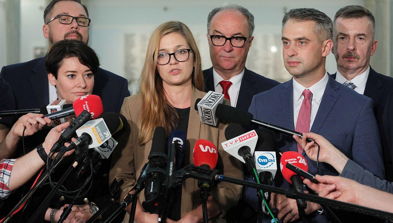 """""""Nie można wykluczyć, że sprawa będzie dyskutowana na jednym z kolejnych Prezydiów Sejmu"""" (fot. PAP/Paweł Supernak)"""