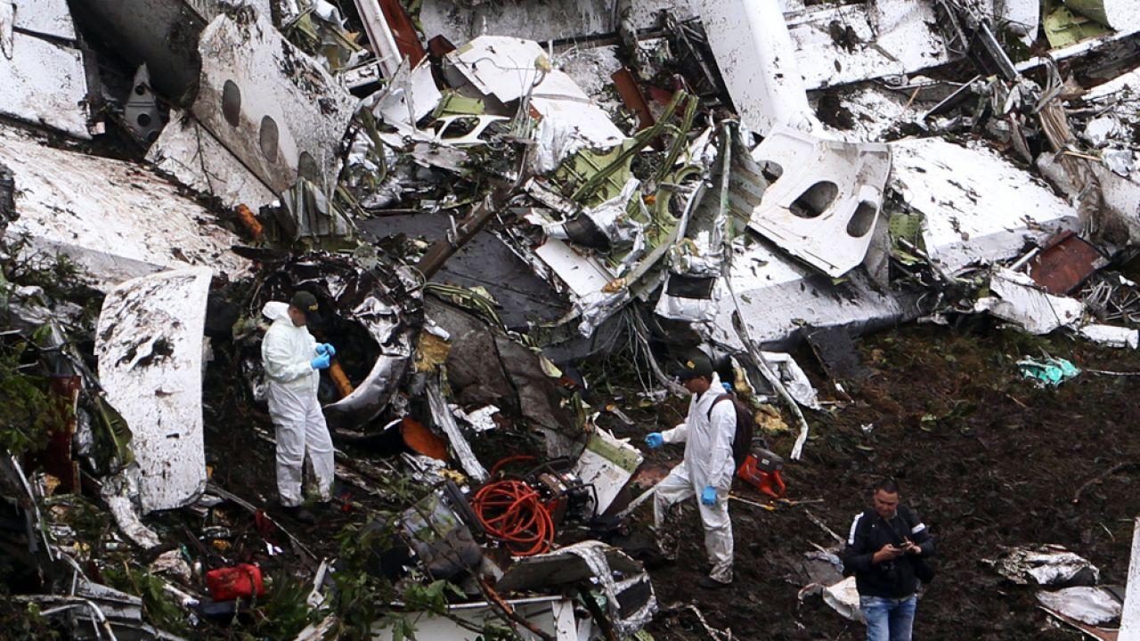 W katastrofie zginęło 71 osób (fot. PAP/EPA/LUIS EDUARDO NORIEGA A.)
