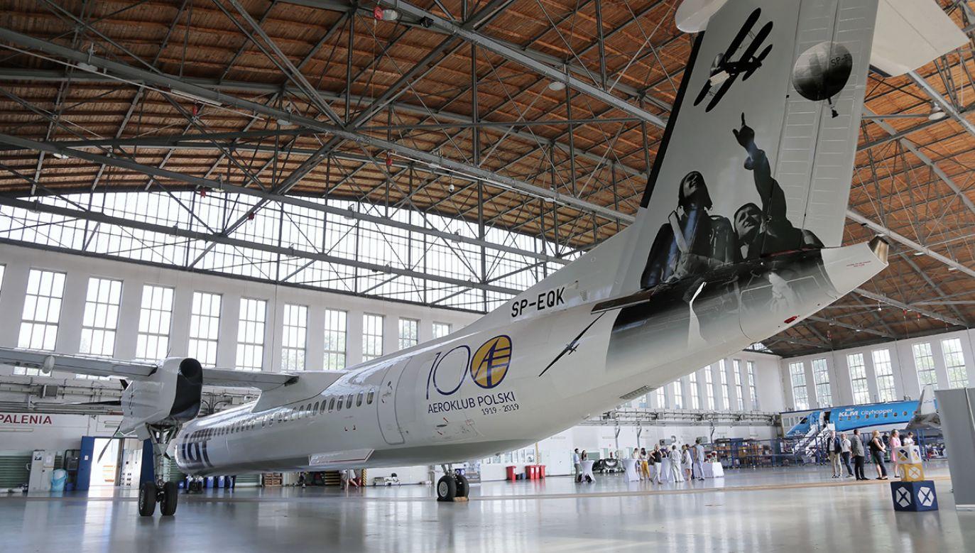 Połączenia obsługiwać będzie samolot Bombardier Q400 (fot. arch. PAP/Wojciech Olkuśnik)