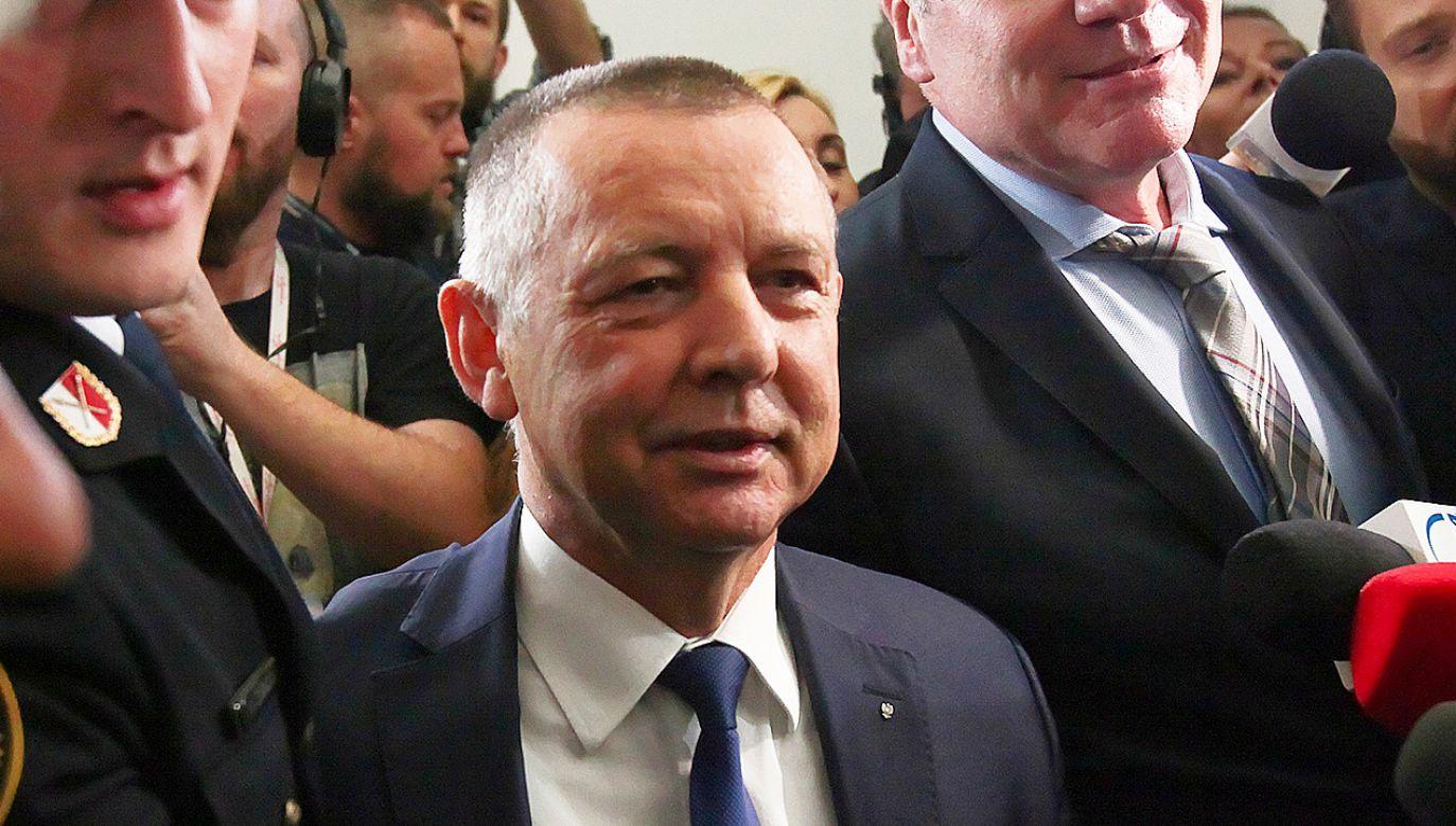Prezes NIK może wciąż zapoznawać się z informacjami niejawnym (fot. PAP/Mateusz Marek)