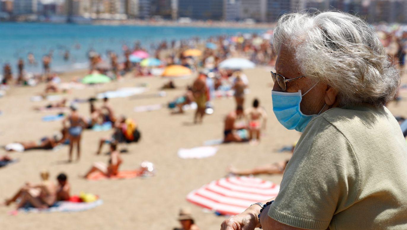 Już pod koniec lipca niemiecki MSZ ostrzegł przed wyjazdami do trzech innych regionów Hiszpanii (fot. Reuters)