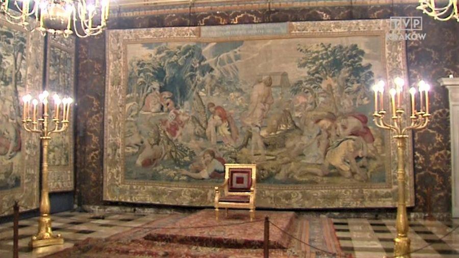 W Komnatach Królewskich  można zobaczyć słynną kolekcję arrasów, królewskie portrety i renesansowe meble włoskie (fot. TVP3 Kraków)