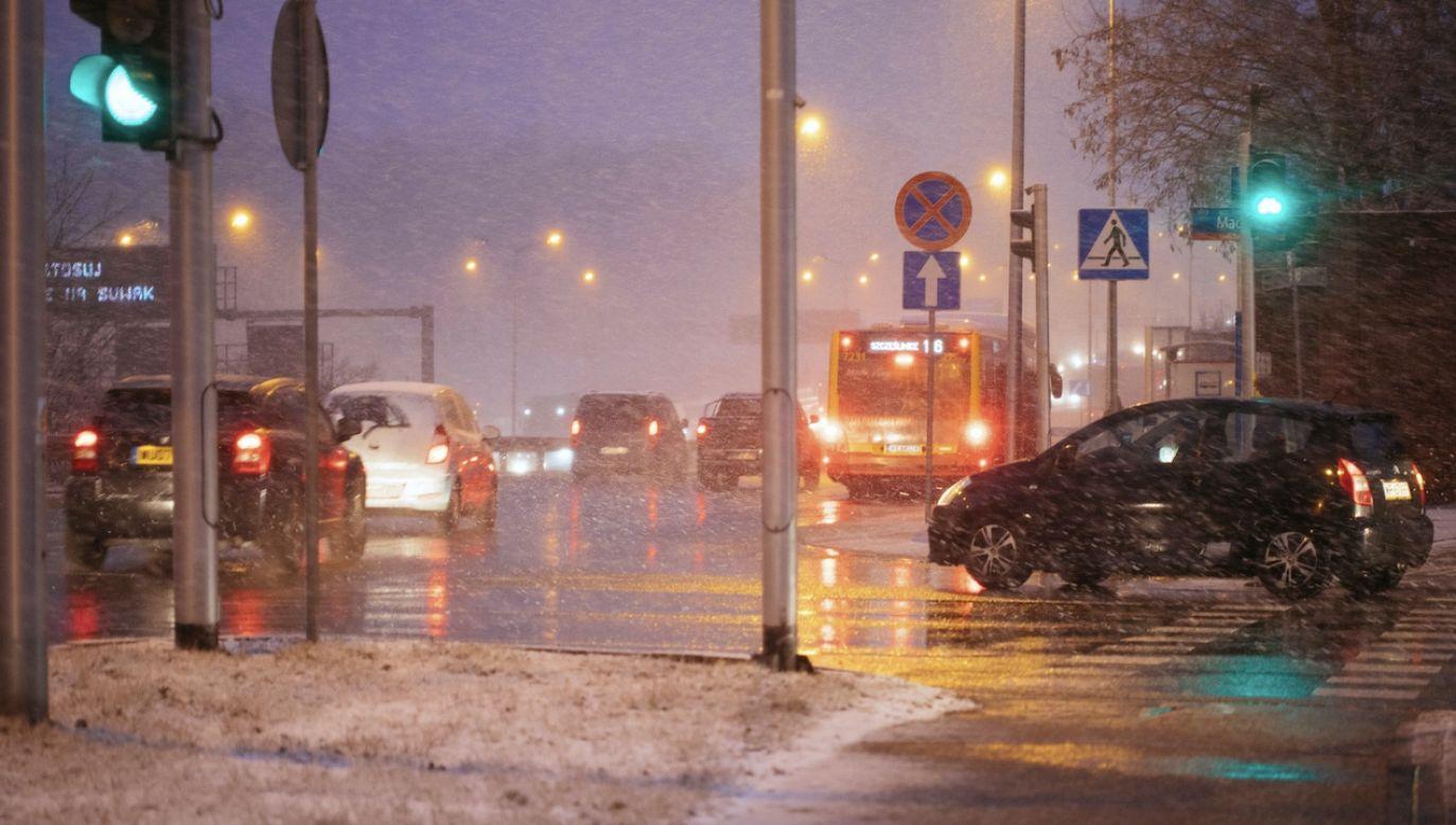 Powrót zimy (fot. PAP/Albert Zawada)